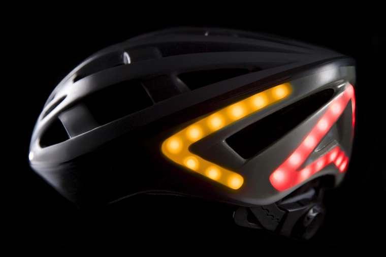Casco Lumos Helmet