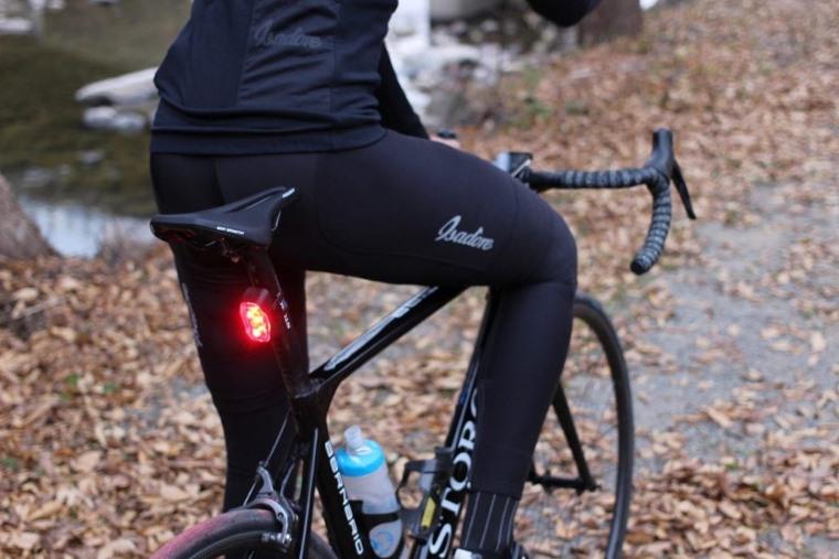 Rayo, luz trasera inteligente para la bicicleta