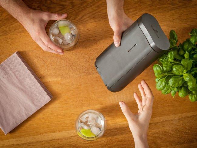 ICEBREAKER, herramienta para hacer cubitos de hielo
