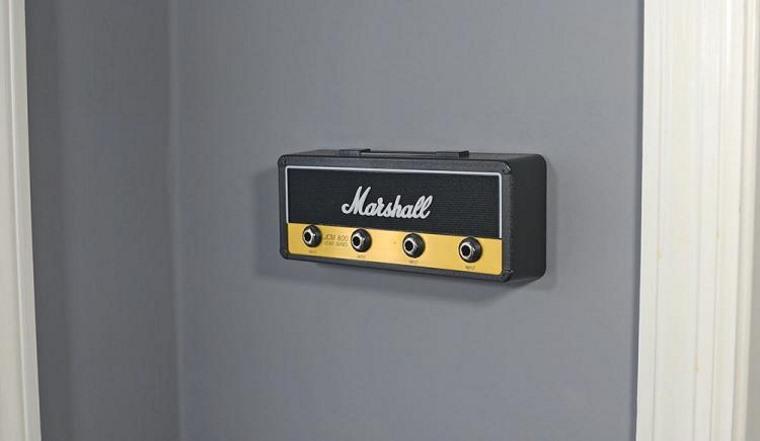 P Pluginz Marshall, portallaves estilo amplificador