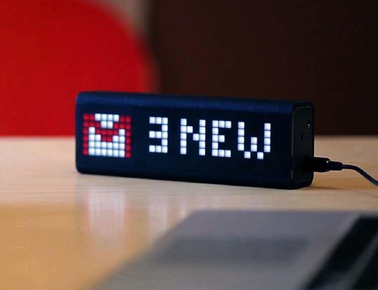 LaMetric, reloj personalizable de escritorio
