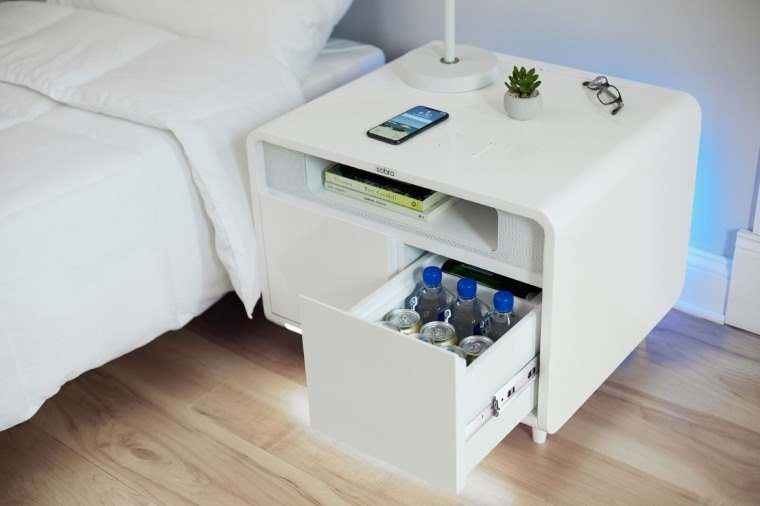 Sobro Smart Side Table, mesita de noche con nevera