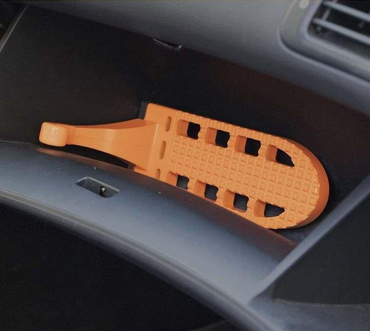 Moki Door Step, accesorio para acceder al techo del coche