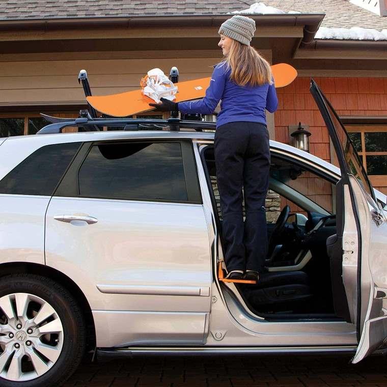 Moki Door Step, soporte para llegar al techo del auto