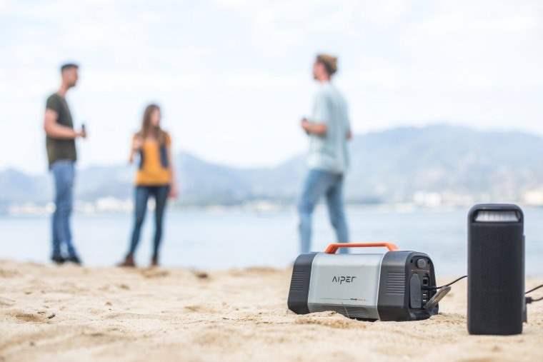 Aiper Flash 150W, estacion portatil de energia para cargar dispositivos
