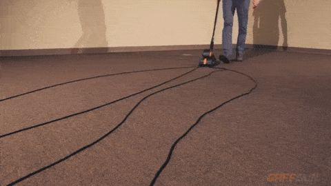 GaffGun, organizador de cables en el suelo