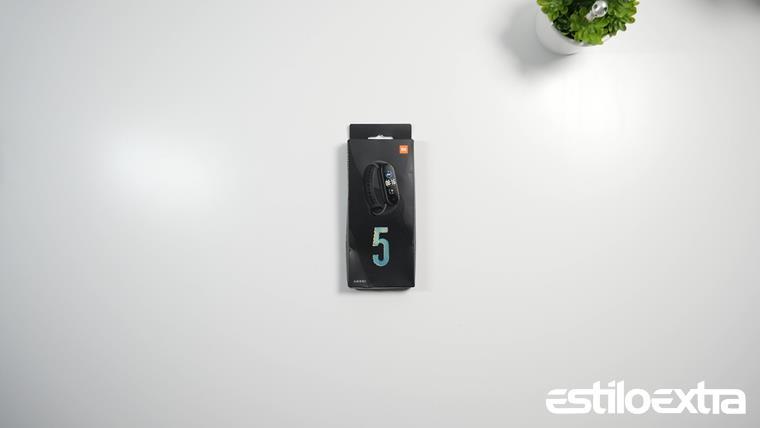 Unboxing Xiaomi Mi Band 5